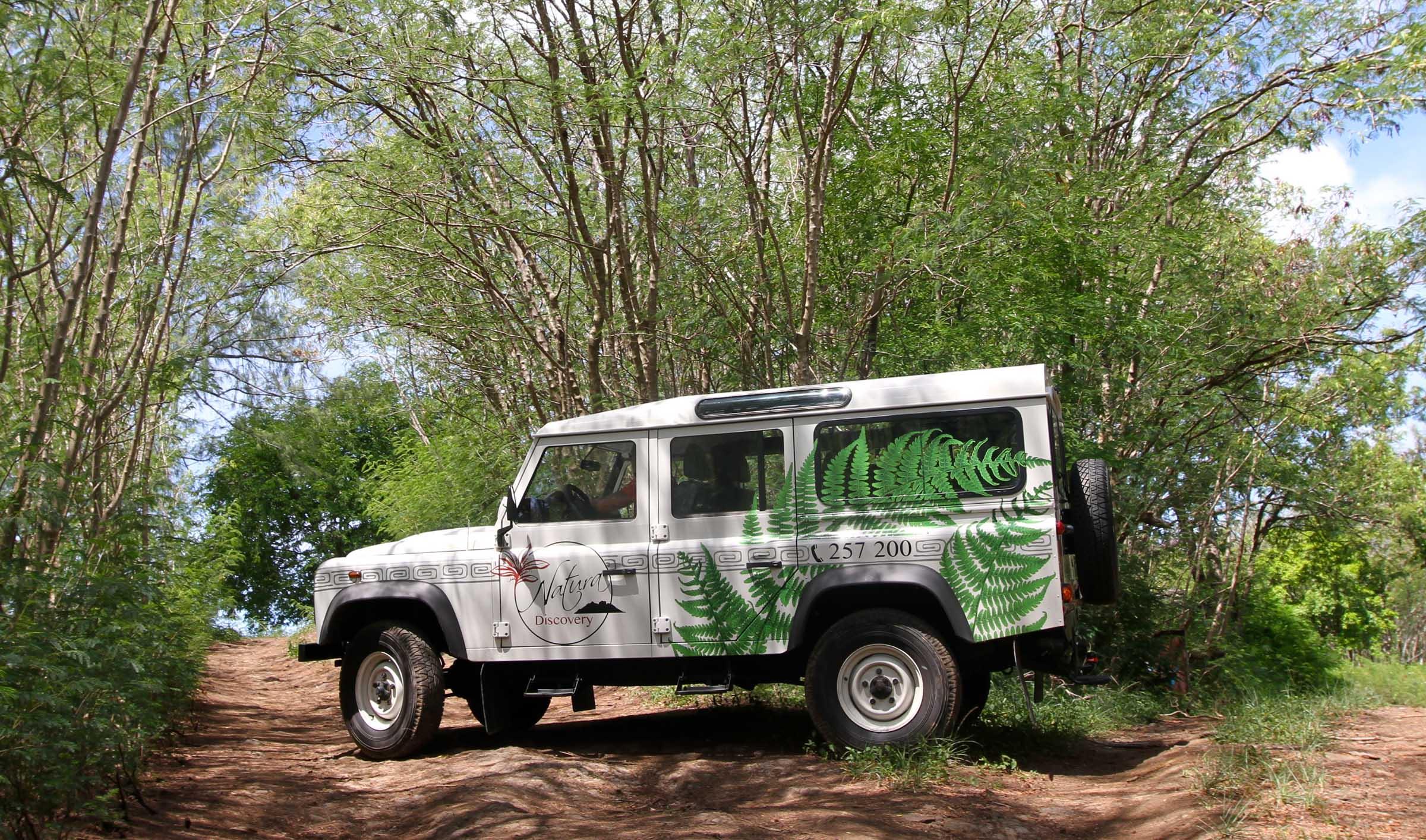Safari Jeep Circle Island Tour